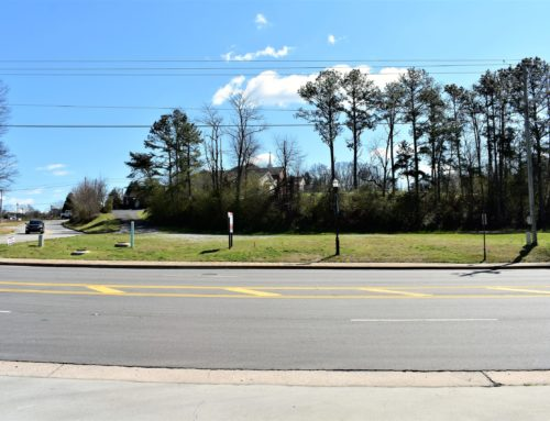 ➡0 Castleberry Road Cumming, GA. 30040-Hard to Find Zoning! Commercial Business District! Site Plan with Survey Available! In the City of Cumming!⬅