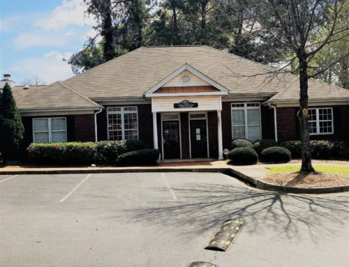 ➡327 Dahlonega Street Building #400 Cumming, GA. 30040- Approximately 2408 SF! ⬅